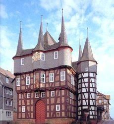 De Wochemarkt in Frankenberg (13 km)