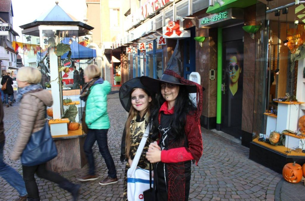 Halloween Midnight Shopping in Frankenberg