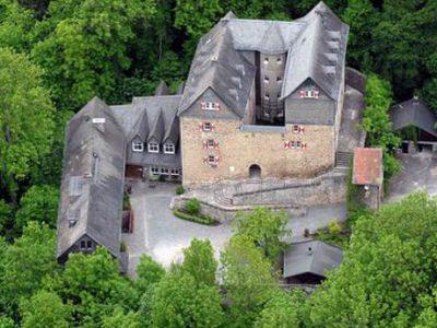 Donderdag 11 December Wander und Heimatverein naar Burg Hessenstein
